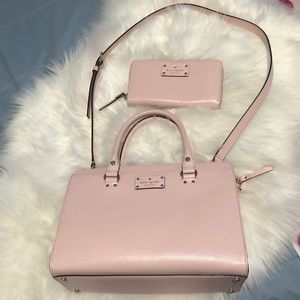 kate spade Bags - Kate Spade tote and matching long zippy wallet